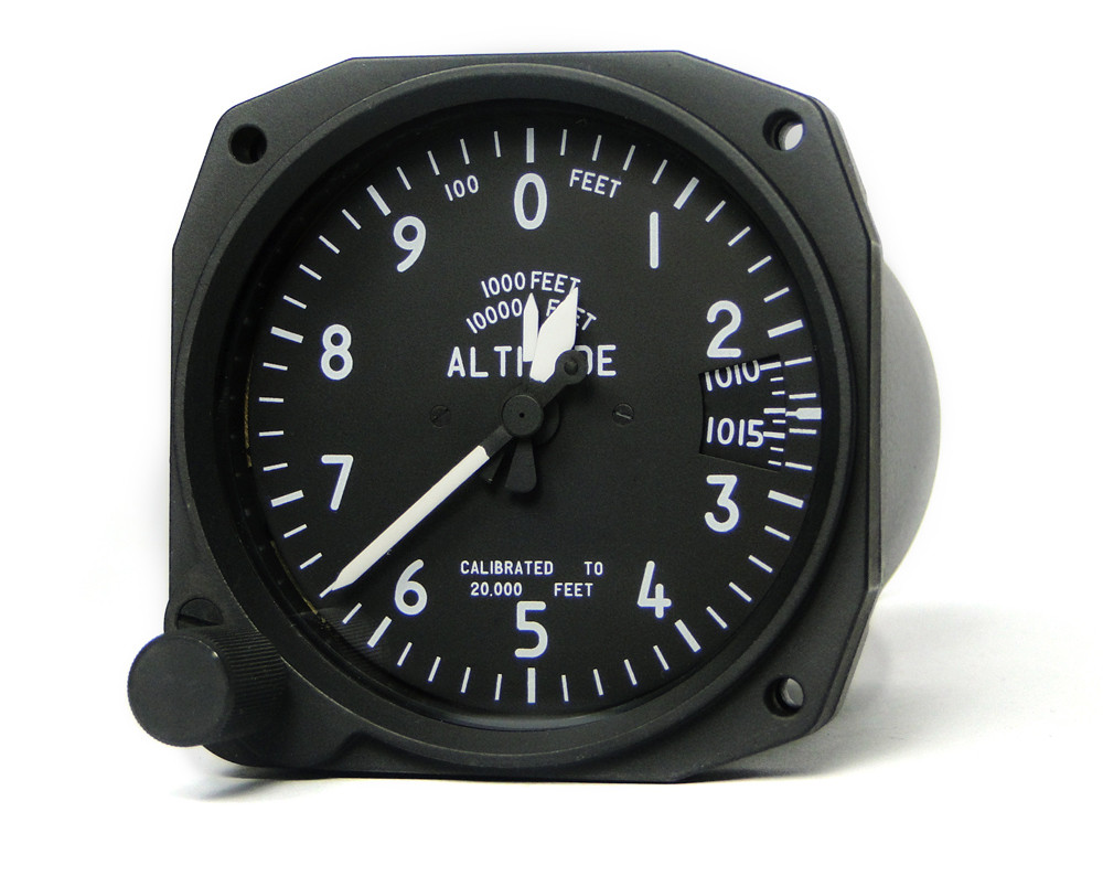 Analogue Altimeter with subscale